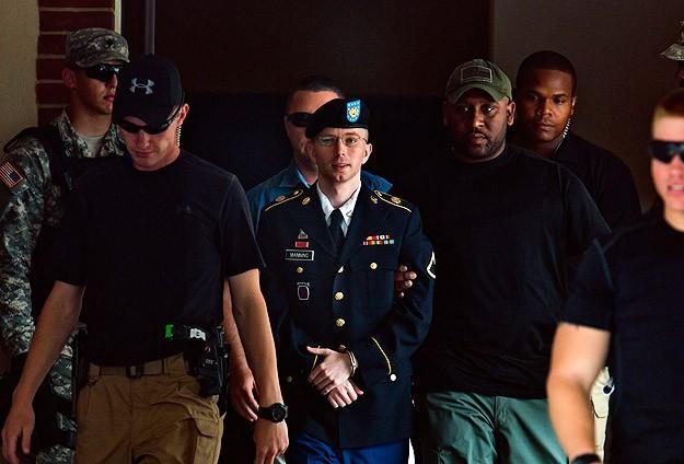 "Er Manning davasında ""casusluk"" kararı"