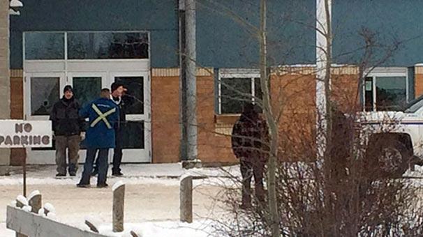 Kanada'da okula silahlı saldırı: 5 ölü