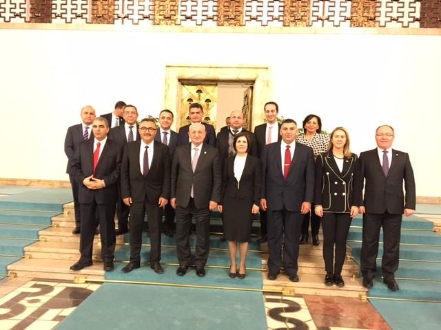 TBMM Başkanı Kahraman, Meclis Başkanlık Divanı onuruna yemek verdi