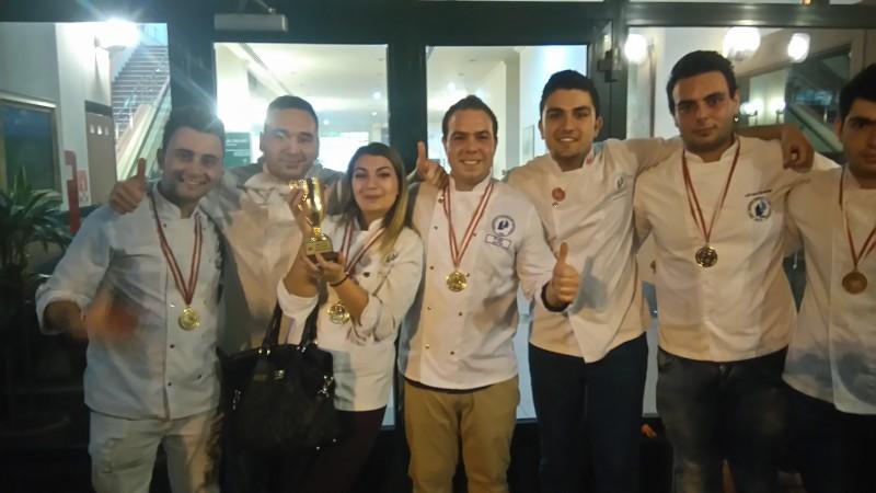 LAÜ Yılın En İyi Üniversite Ekip Yarışması'nda birinci oldu