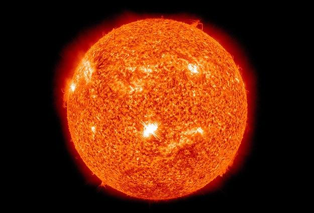 Güneşin manyetik alanı değişiyor