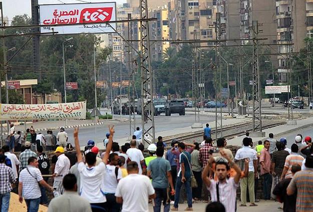 Darbe karşıtlarına müdahale: 100 ölü