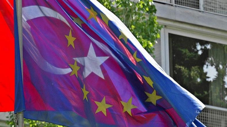 Türkiye Yeni Avrupa Birliği Bakanı resti çekti!