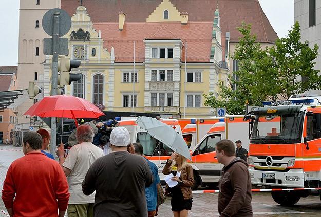 Almanya'daki rehine krizi Merkel'in mitingini iptal ettirtti