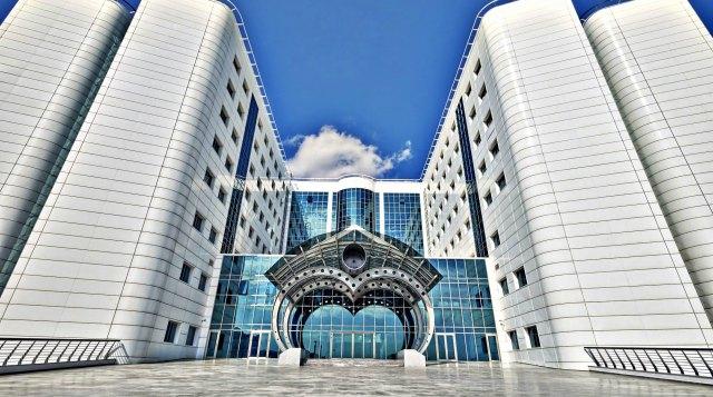 MicroNEU Dubai'de Bilim Dünyasına tanıtıldı