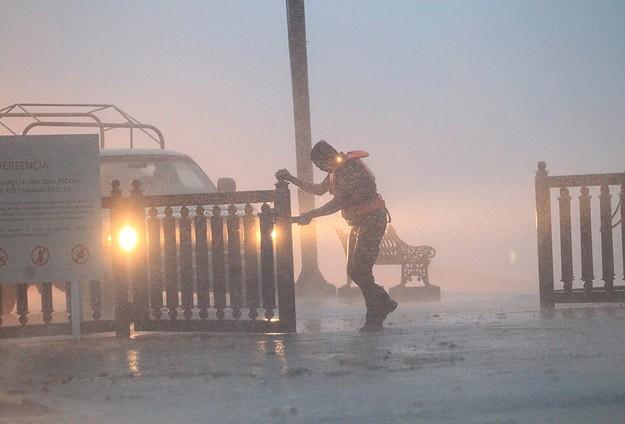 Fernand fırtınası Meksika'yı vurdu: 13 ölü