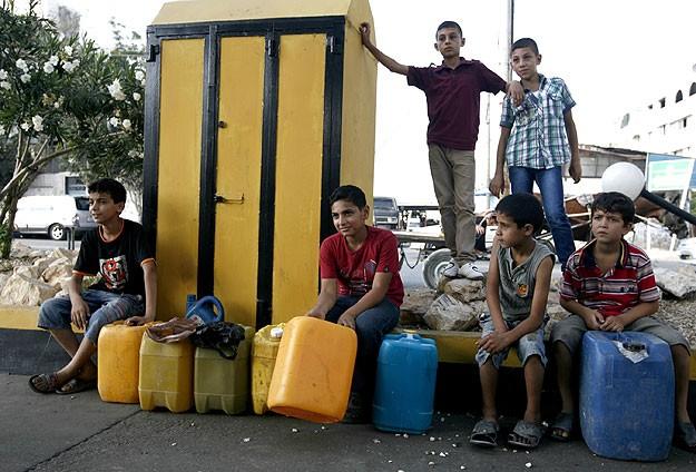 """""""Can damarı"""" kapatılan Gazze'de akaryakıt sıkıntısı"""