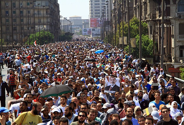 Darbe karşıtlarına yönelik katliam protestoları arttırdı