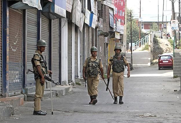 Hindistan'da Hindu-Müslüman çatışması: 28 ölü