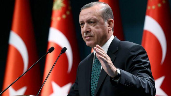 Erdoğan: Cumhuriyet yeniden kuruluş değil, Selçuklu ve Osmanlı'nın devamı
