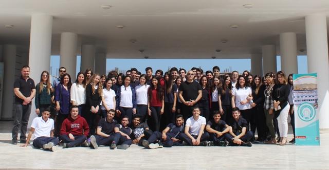 Yakın Doğu Koleji 12. Sınıf Öğrencileri Girne Üniversitesi'ni Ziyaret Etti