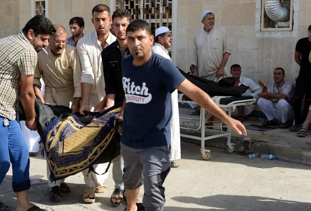 Irak'ta camide patlama: 15 ölü