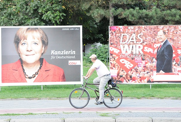 Almanya'da seçimler başa baş geçecek