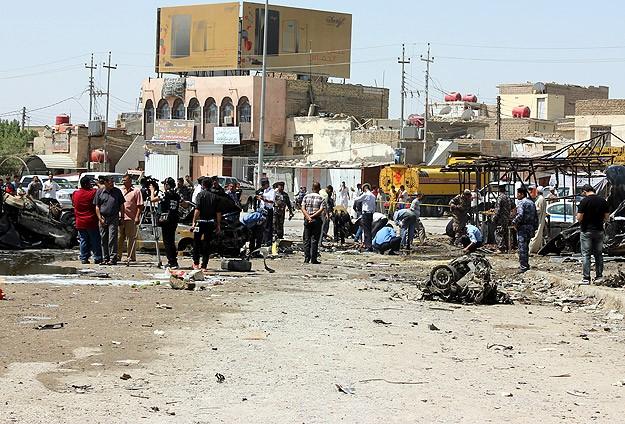 Irak'ta taziye çadırına saldırı: 57 ölü
