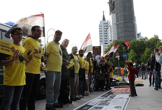Berlin'de Mısır protestosu