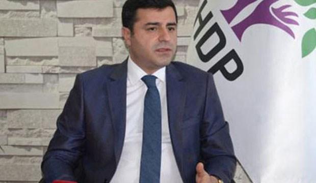 Saray'a davet edilmeyen Demirtaş'tan ilk tepki! HDP 3. Parti!