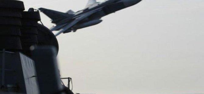 Rus Jeti ABD uçağını taciz etti!