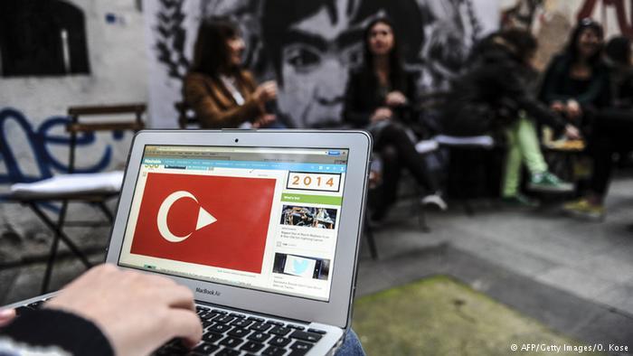 """Türkiye'de """"alternatif medya"""" yükselişte"""