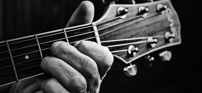 Festival'de yarın gitar resitali