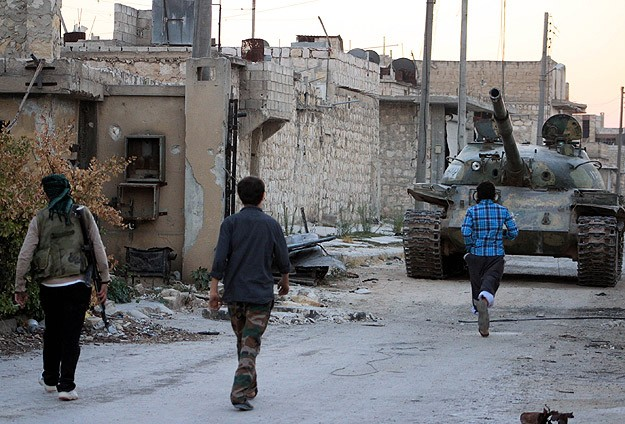 Esed güçlerinin operasyonlarında 61 kişi öldü