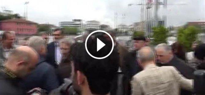 Can Dündar'a Silahlı Saldırı (Video)