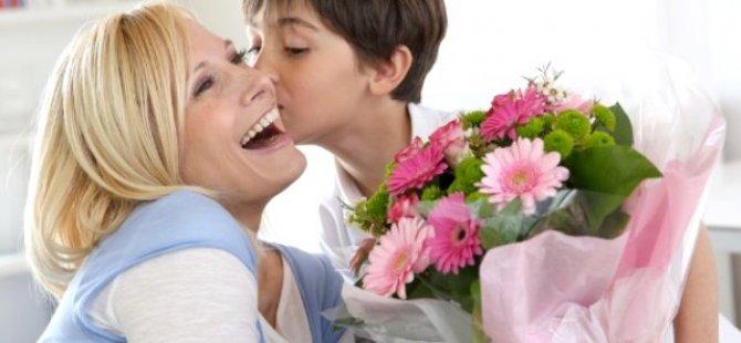 Belediyler Birliği tüm annelerin anneler gününü kutladı