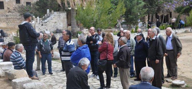 Güzelyurt Belediyesi, erkek üyelerine gezi organize etti