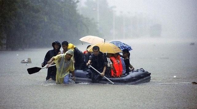 Çin'de şiddetli yağışlar can aldı