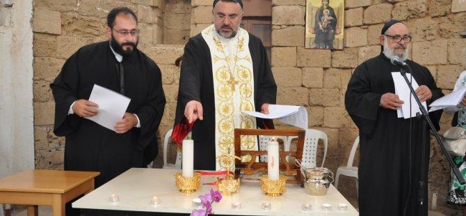 Maronitler ilk kez Kuzey Kıbrıs'ta ayin yaptı...
