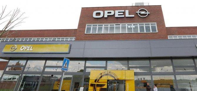 Opel'de 'egzoz emisyon hilesi' iddiası!
