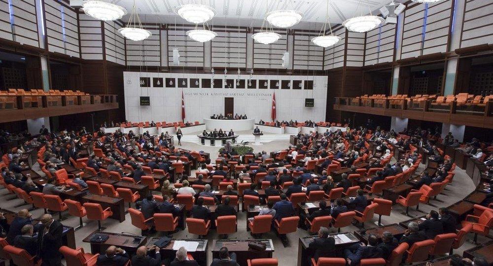 AKP milletvekillerinin dayak yemesini hilal taktiğiyle engelleyecek