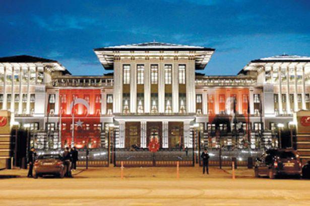 Mimarlar, Kaçak Saray'la mücadele arşivini halka açtı: Binlerce belge var