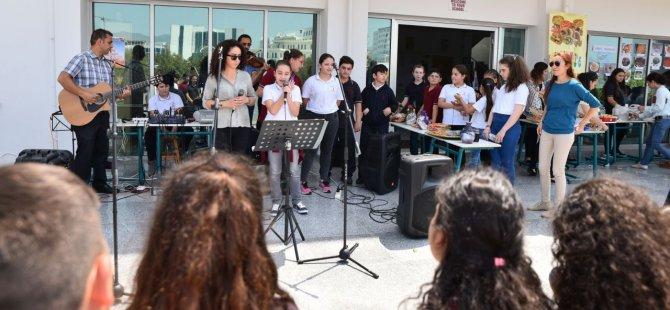 """Yakın Doğu Kolejinde """"Kıbrıs Günü"""" Etkinliği Yapıldı..."""