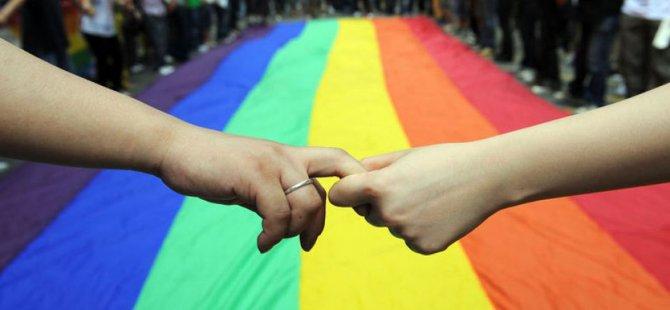"""KKTC'de """"LGBTİ Bireyler Vardır!"""""""