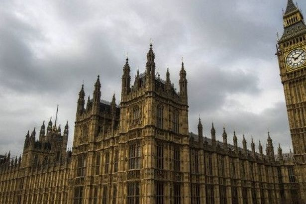Sağcı İtalyan lider: Müslüman belediye başkanı Londra'yı havaya uçurunca görüşürüz