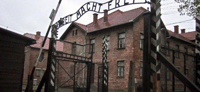Auschwitz görevlisi 95 yaşında mahkeme önünde
