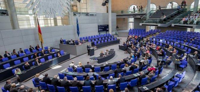 Alman Meclisi 'Ermeni iddialarını' kabul etti