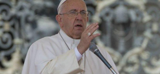 Papa: İşçileri sömürenler kan emicilerdir