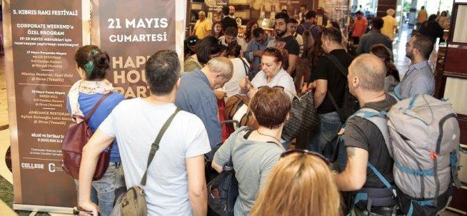 Kıbrıs Rakı Festivali'ne bir gelmede 700 kişi!