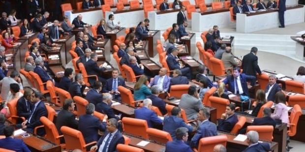 Türkiye'de 'dokunulacak' 138 milletvekili