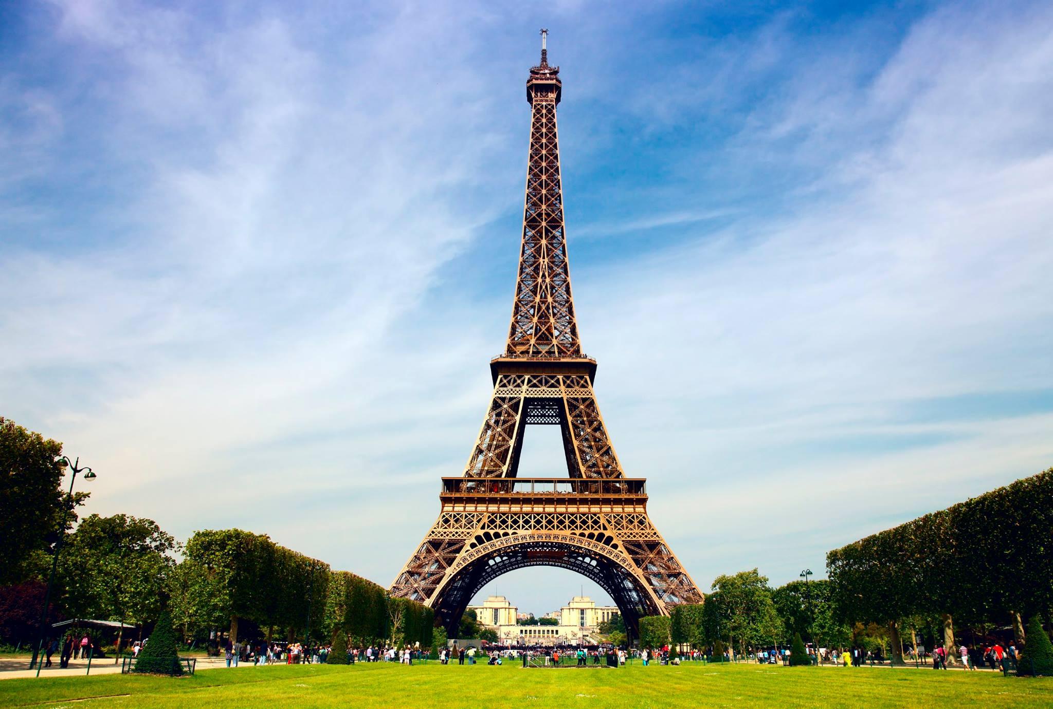Eyfel Kulesi otel olarak kullanılacak