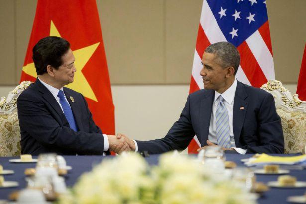 ABD Vietnam'a uyguladığı silah ambargosunu tamamen kaldırıyor