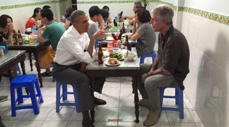 ABD Başkanı Obama, yazar Anthony Bourdain ile Vietnam'da yemek yedi