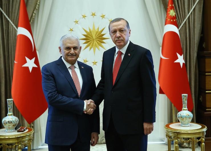 Türkiye'de yeni kabine belli oldu