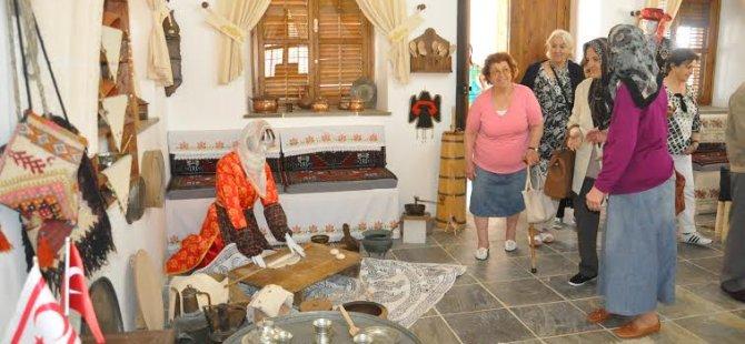 Kültür Evi ziyaret kabulüne başladı