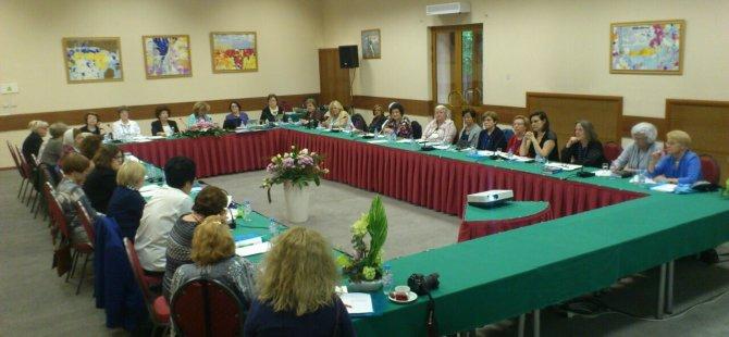 Kıbrıs Türk Kadınlar Konseyi Derneği Moskova'da CECIF toplantısına katıldı