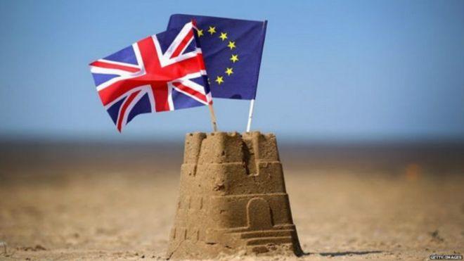 İngiltere ve AB: Gençler kalmak istiyor, yaşlılar ayrılmak