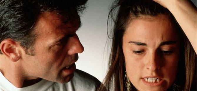 İngiltere'de çiftlerin beşte biri ayrılmanın eşiğinde