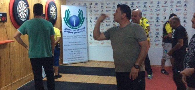 """Kemal Saraçoğlu Vakfı"""" Yararına Darts Turnuvası Düzenlendi"""