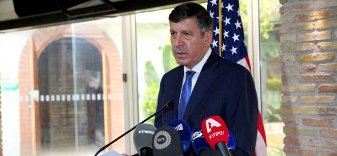 """Hyatt, """"ABD Kıbrıs'ı daha zengin bir halde görmek istiyor"""""""